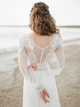 Elle Long Sleeve Lace Wedding Dress