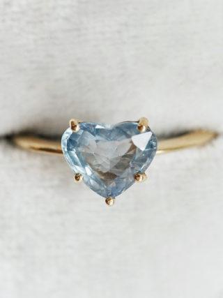 blue sapphire heart ring
