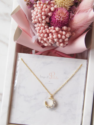 Sparkly Moon Zircon Necklace with Mini Eternal Bouquet Gift Set