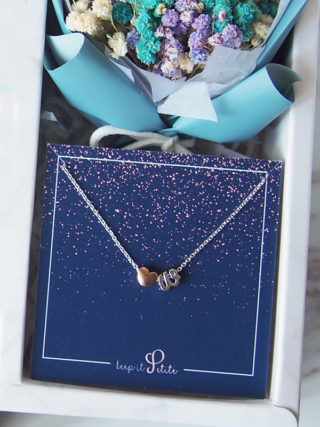 Personalized Heart Letter Necklace with Mini Eternal Bouquet Gift Set